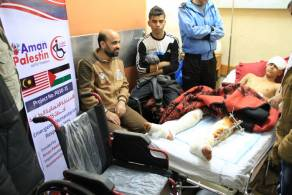 السلامة الخيرية تقدم المساعدات الطبية لجرحى انتفاضة القدس